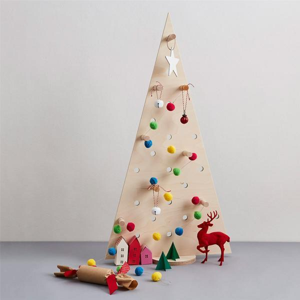 Large Pegboard Christmas Tree - Natural