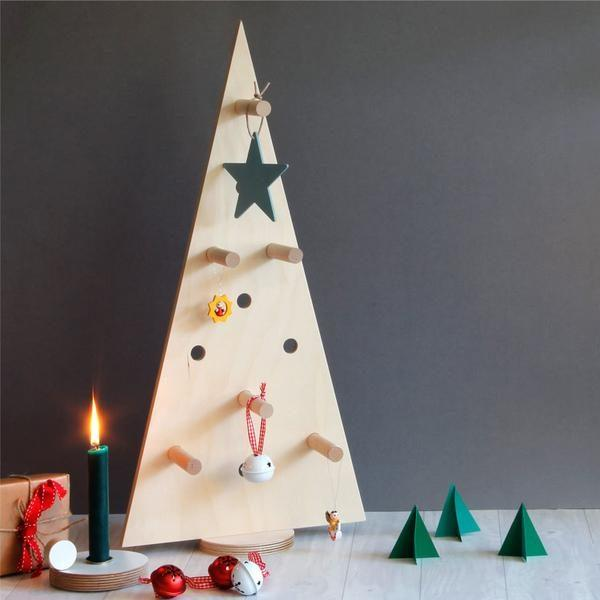 Small Pegboard Christmas Tree - Natural
