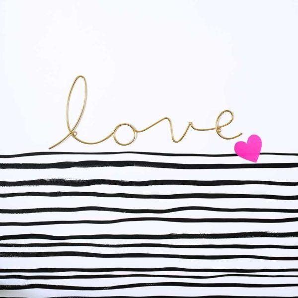Love Wire Word Wall Sign - Gold